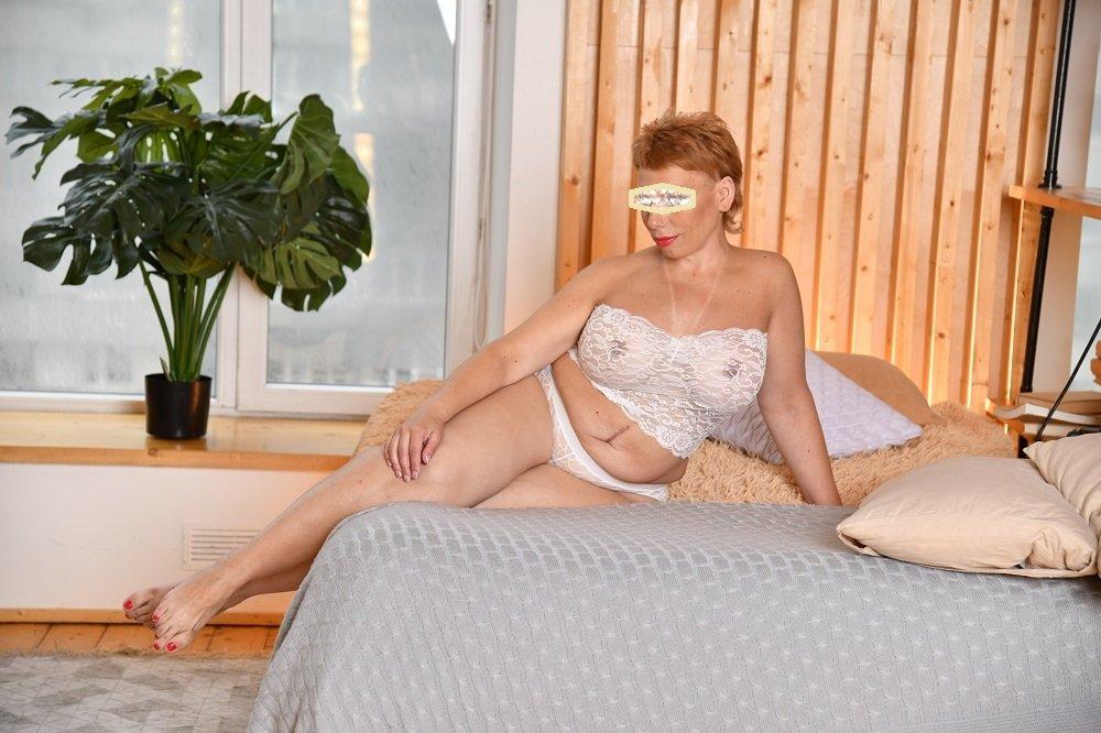Толстая пузатая проститутка Москвы